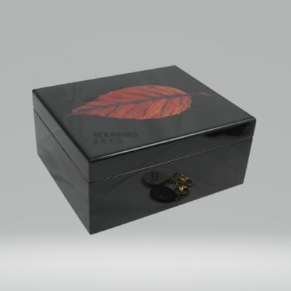 cigar box _3_.png